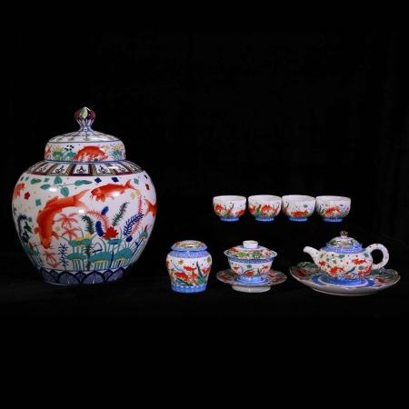 紫禁城600华诞巨献传世鱼藻珍藏瓷